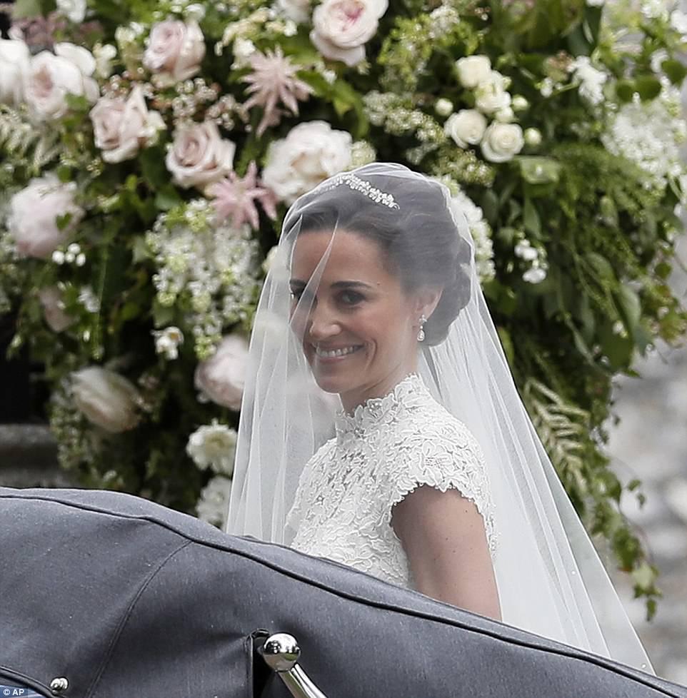 UK-Wedding-Pippa-Middleton_2017_May-20_amenimario_ameniplan (47)