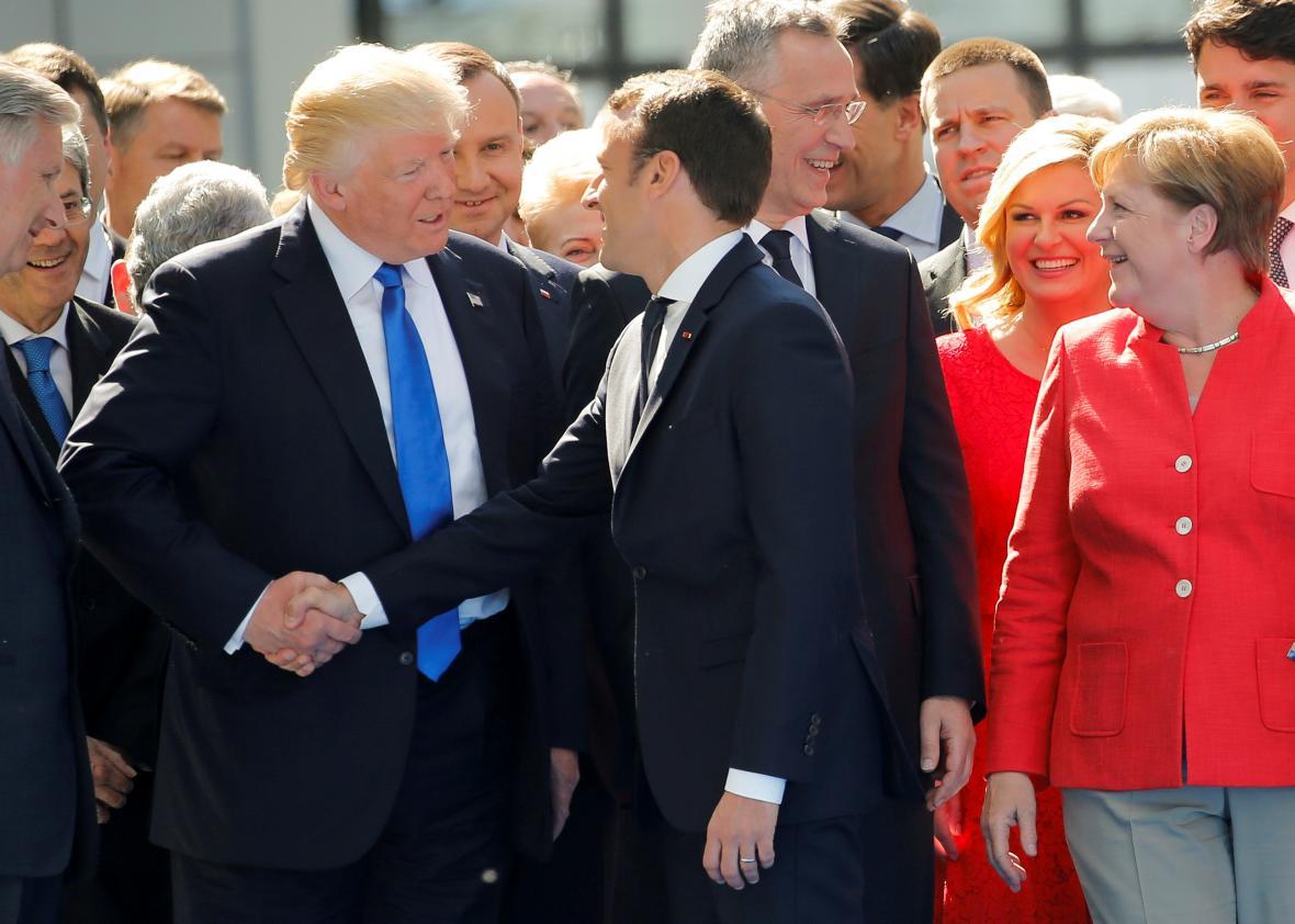 Emmanuel Macron , Presidente da França ignorou Donald Trump