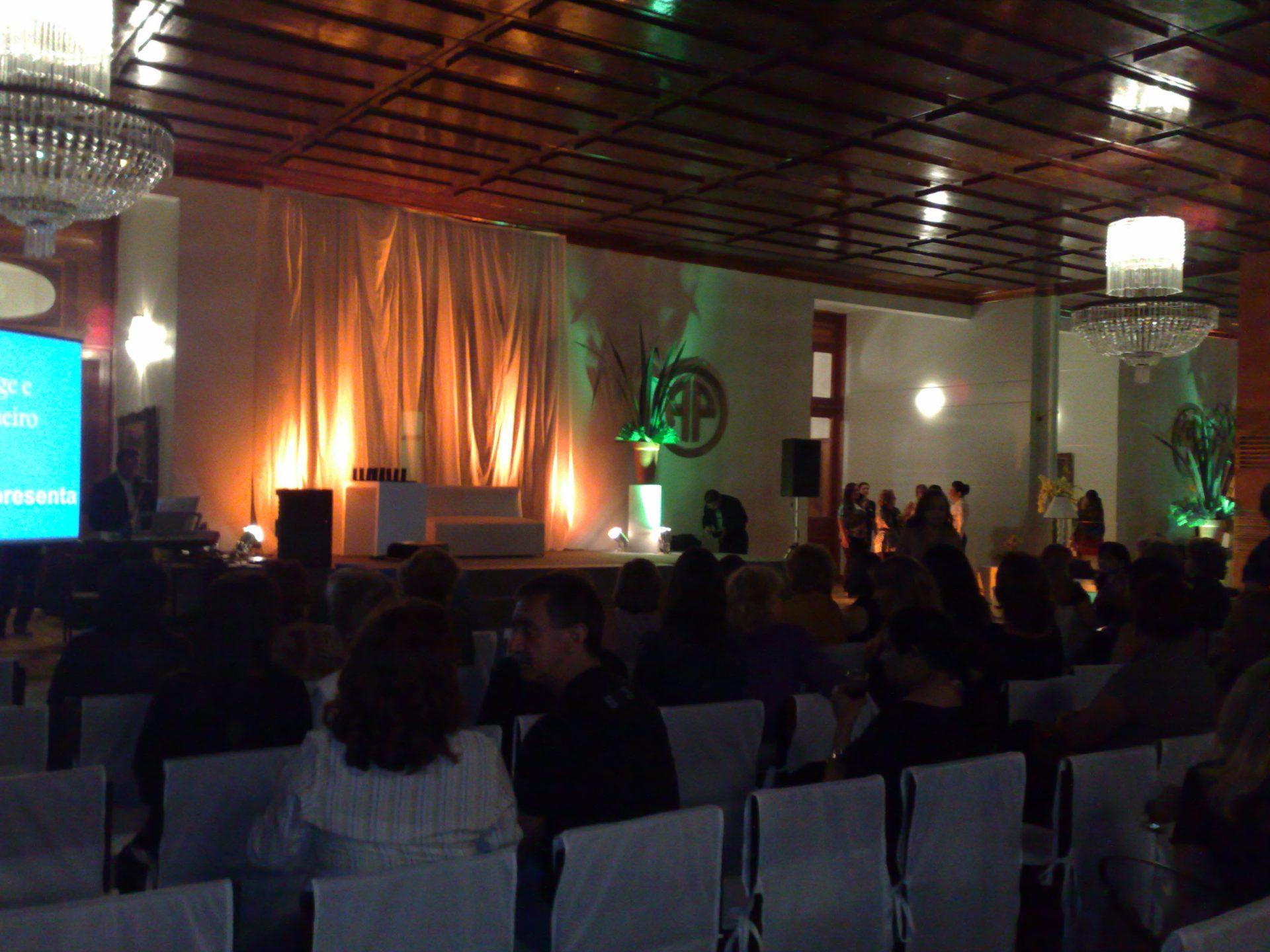 CM 2009 Pal Belem-Palestra-Noivas-Video-Claudia-Matarazzo_amenimario (27)