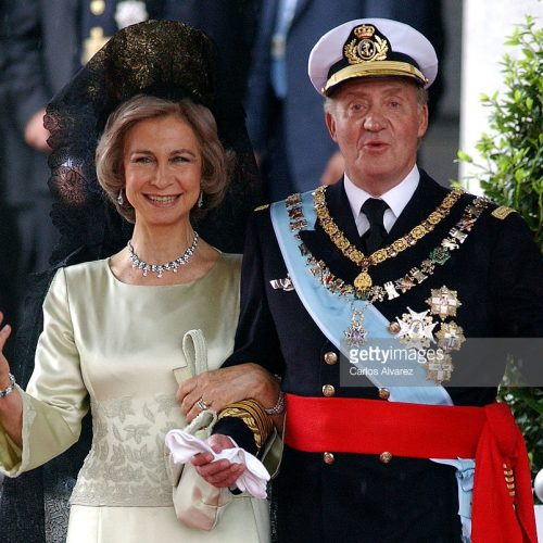 MADRID, SPAIN - MAY 22: King Juan Carlos and Queen Sofia of Spain leave after they attended the wedding ceremony between Spanish Crown Prince Felipe de Bourbon and former journalist Letizia Ortiz at the Almudena cathedral May 22, 2004 in Madrid. (Photo by Carlos Alvarez/Getty Images) *** Local Caption *** King Juan Carlos;Queen Sofia of Spain